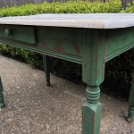 Sweet Garden Table
